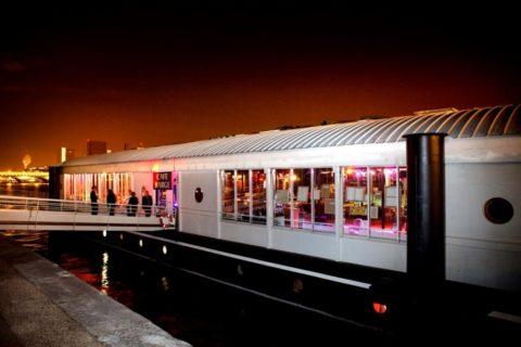 Le Café Barge